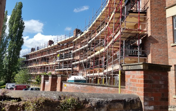 Scaffolding to new build